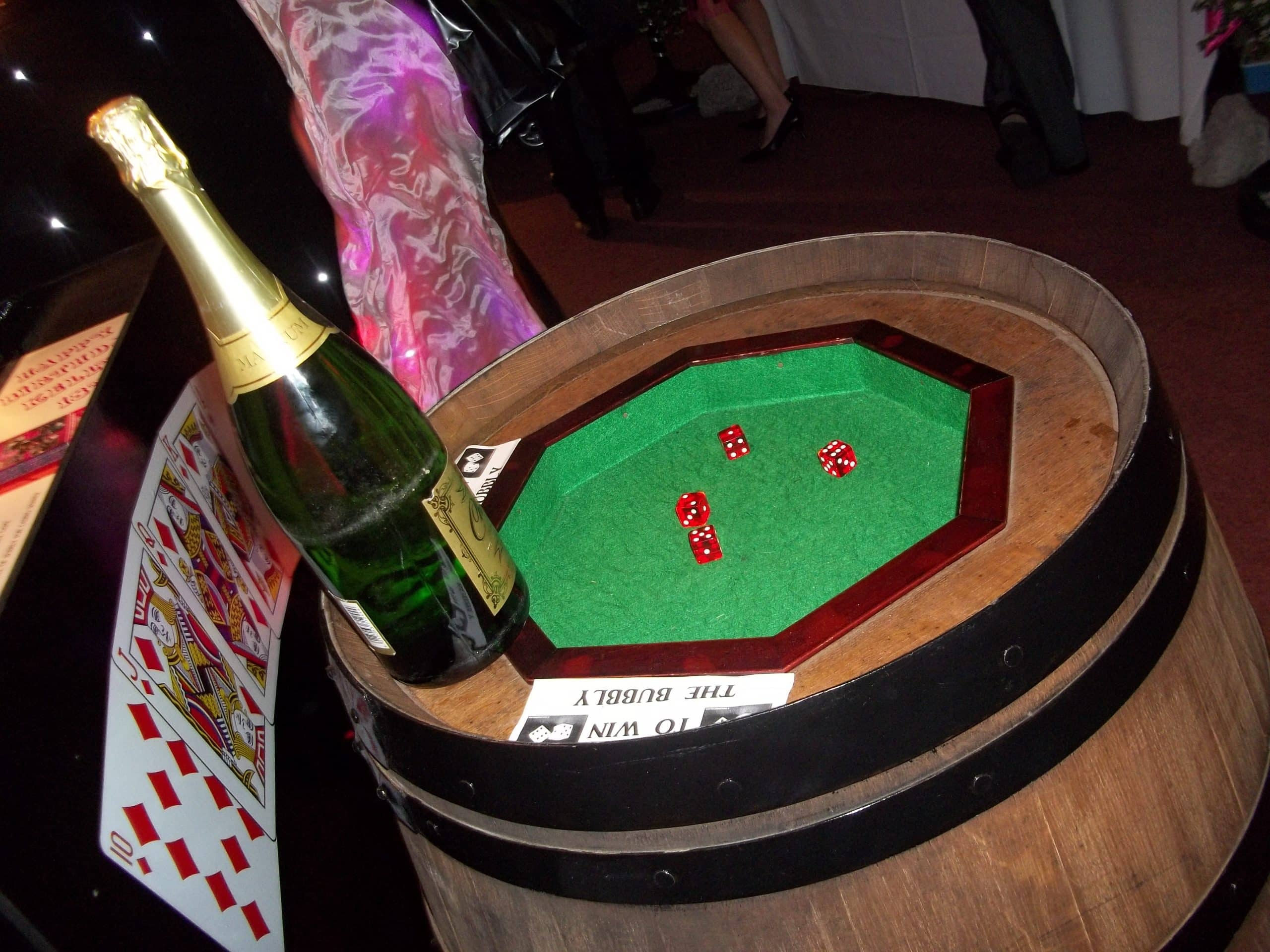 Barrel and Dice Game