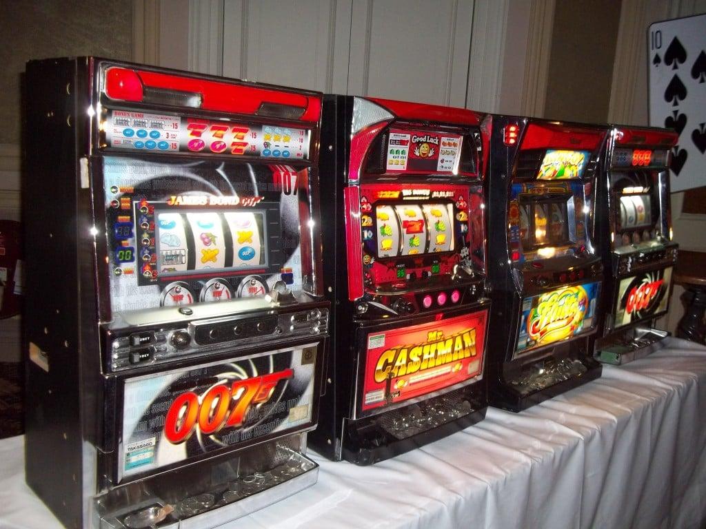 Slot Machines | Bond Parties