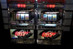 007 Slot Machines
