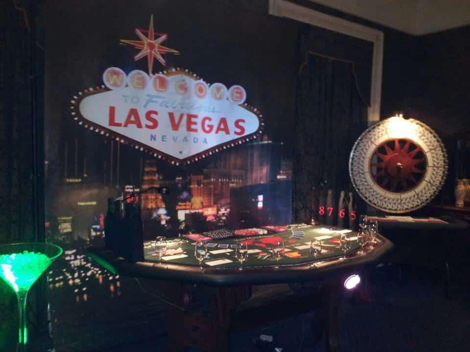 world poker tour casino chips